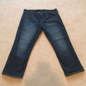 Handcrafted lucky brand jeans. Size on tag 8/29